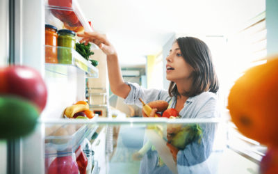 ¿Estás comiendo lo correcto para amamantar a tu bebé de forma segura?